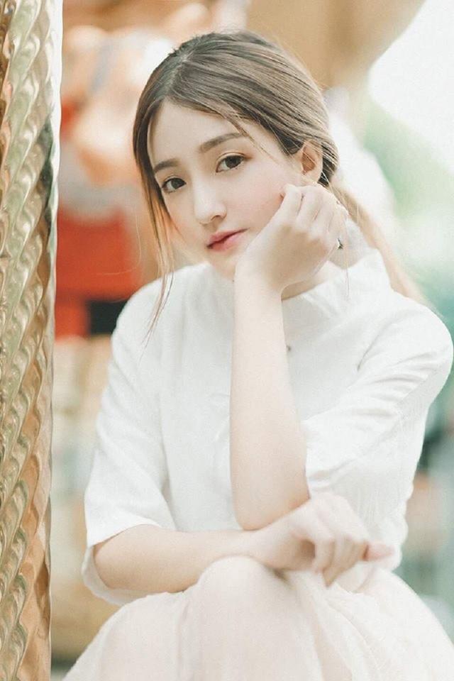 Nữ sinh Sài Gòn xinh đẹp khiến ngàn chàng trai thương nhớ - 11
