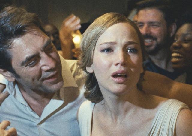 """Bộ phim 18+ """"tệ nhất năm"""" là bộ phim… đáng nhớ nhất - 1"""
