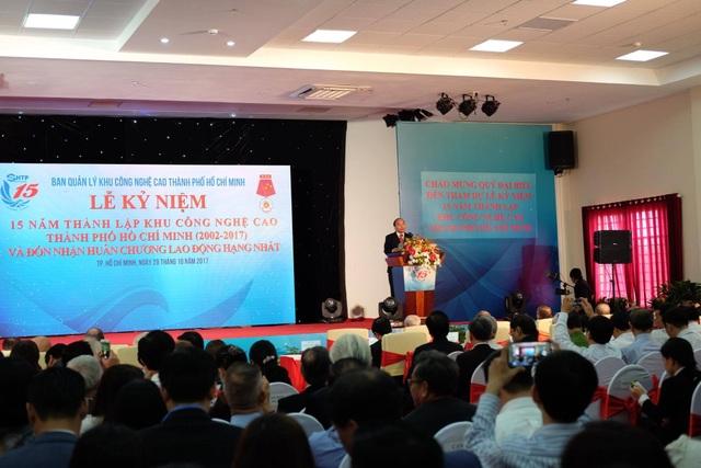 Thủ tướng Chính phủ Nguyễn Xuân Phúc phát biểu chỉ đạo tại lễ kỷ niệm 15 năm thành lập Khu CNC TPHCM