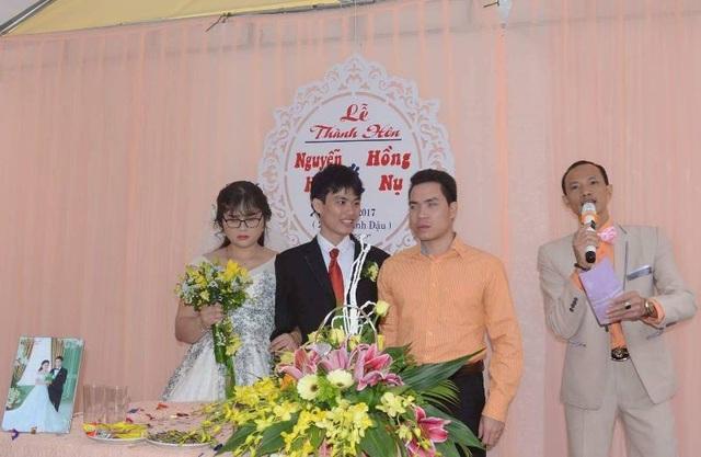 Hội Người mù thành phố Sầm Sơn đã tổ chức ngày vui trăm năm cho đôi bạn trẻ