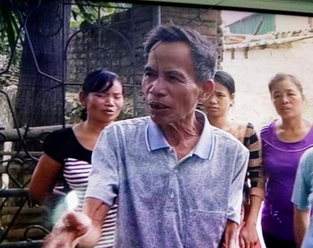 Ông Tạo cho biết nhà ông 2 nhân khẩu nhưng cũng chỉ được 6 gói mì tôm chia làm 2 lần phát