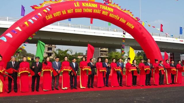 Thủ tướng Chính phủ Nguyễn Xuân Phúc, đại diện các Bộ, Ngành Trung ương cùng lãnh đạo TP.Hải Phòng cùng dự và cắt băng khánh thành.