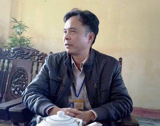 Khi trao đổi với PV Dân trí, ông Nguyễn Đại Dương, Hiệu trưởng trường Đông Tiến A xác nhận thu tiền điện, bảo vệ vì ngân sách rót về không đủ, nhưng kết luận của Phòng GD thì việc thu những khoản trên không phải do nhà trường mà do phụ huynh thỏa thuận.