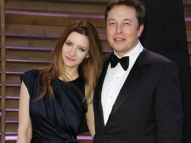 Musk và người vợ thứ hai - nữ diễn viên Anh - Talulah Riley.