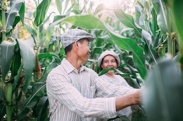 Câu chuyện xúc động sau bộ ảnh vợ chồng nông dân 25 năm hạnh phúc - 15