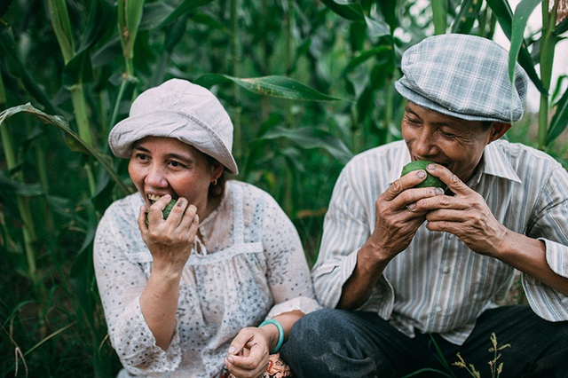 Câu chuyện xúc động sau bộ ảnh vợ chồng nông dân 25 năm hạnh phúc - 12