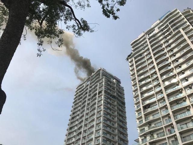 Hà Nội: Cháy lớn tại chung cư trên đường Hoàng Hoa Thám - 5