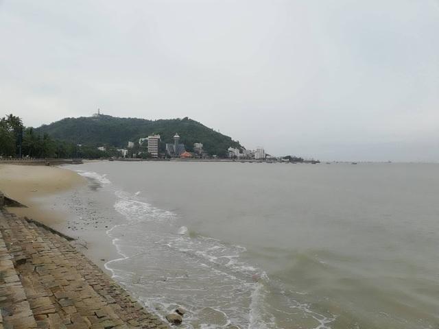 Biển Vũng Tàu khá yên bình