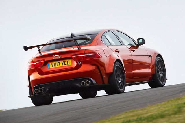 Jaguar chuẩn bị ra mắt mẫu sedan công suất 592 mã lực - 5