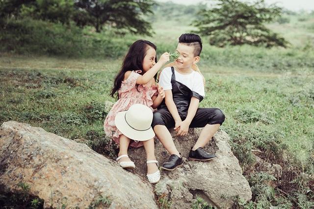 Bộ ảnh này vừa được Hữu Nhật và Bảo Vy thực hiện cùng với nhiếp ảnh Anh Lã.