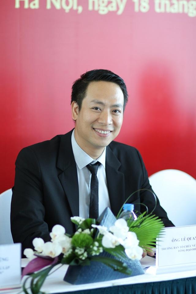 Đạo diễn Quang Tú - Trưởng BTC chương trình Vẻ đẹp Việt Nam và cũng là người đồng hành cùng NTK Đỗ Trịnh Hoài Nam tại New York Couture Fashion Week 2017.