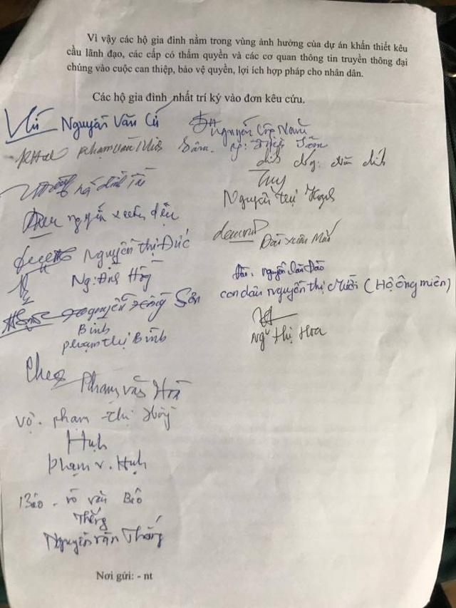 Các hộ dân đã ký vào đơn kêu cứu khẩn cấp gửi cơ quan chức năng và báo chí.