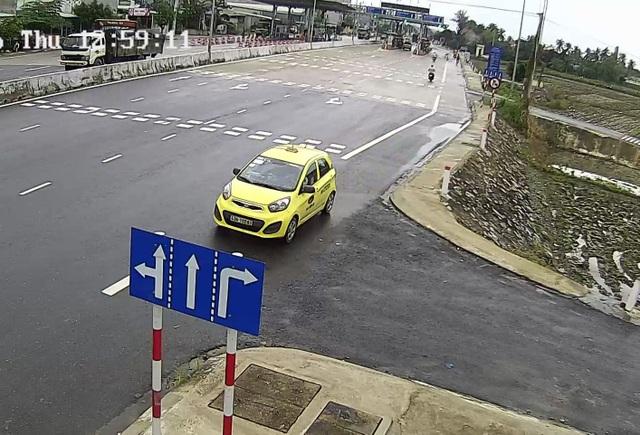 """""""Lạ lùng"""" ô tô rồng rắn ngược chiều quốc lộ 1A - 2"""