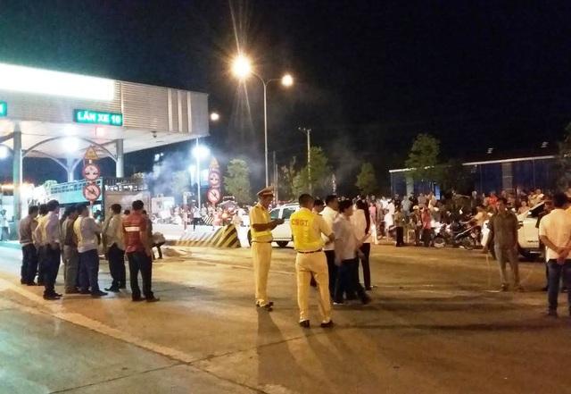 Các đơn vị nghiệp vụ Công an, Viện Kiểm sát nhân dân thành phố Biên Hoà, tỉnh Đồng Nai phối hợp khám nghiệm hiện trường, điều tra làm rõ vụ việc.