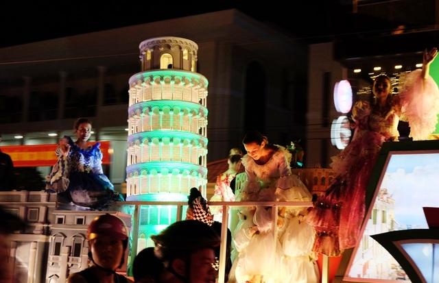Tưng bừng lễ hội đường phố ở Đà Nẵng - 3
