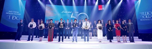 Buổi lễ vinh danh Top 50 công ty Kinh doanh hiệu quả nhất Việt Nam 2016