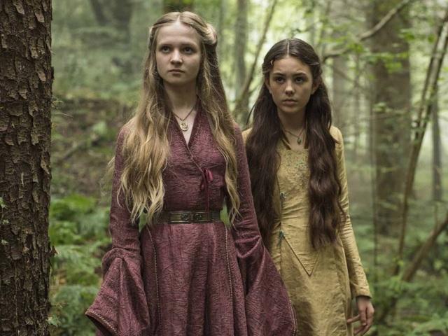 Ở tập 1 của phần 5 đã từng xuất hiện cảnh hồi ức khi Cersei đi vào rừng tìm phù thủy.