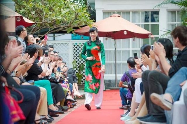 Cô Minh Tâm tự tin trong cuộc thi Tôi đẹp, bạn cũng thế được tổ chức tại Hà Nội vào 2015.