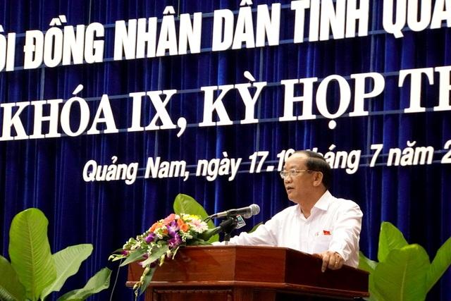Ông Đinh Văn Thu – Chủ tịch tỉnh Quảng Nam phát biểu với các địa biểu