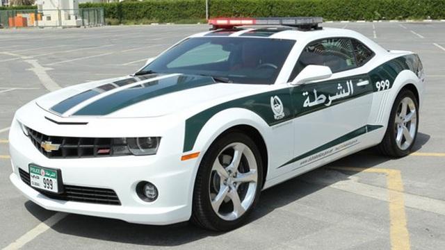 Chán siêu xe, cảnh sát Dubai chuyển sang môtô bay - 13