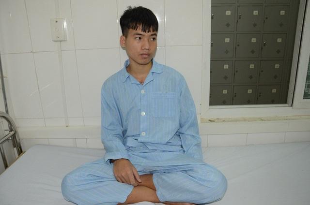 Để cứu em, các bác sĩ bệnh viện Tim Hà Nội chỉ định, em phải phẫu thuật tiếp.