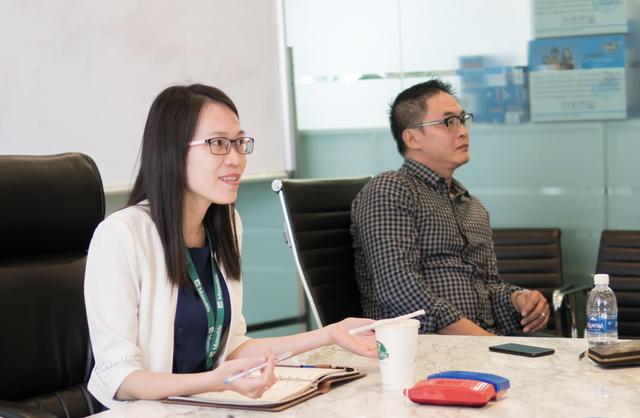 CEO một ngày – Chương Bùi tham dự cuộc họp Ban Giám đốc dưới sự dẫn dắt của CEO Paul Nguyễn