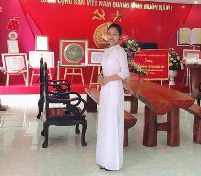 """Nữ sinh Thái Nguyên hát """"Sóng"""" của Xuân Quỳnh hút chục nghìn lượt cảm xúc - 1"""