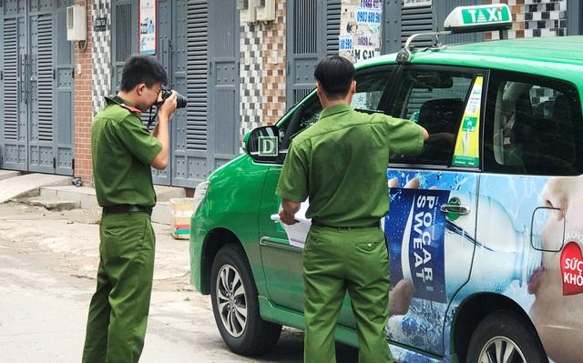 Công an quận Gò Vấp khám nghiệm hiện trường vụ việc tài xế taxi khai bị đối phương nổ súng. Tuy nhiên, kết quả điều tra xác định đối tượng Tuân chỉ chĩa súng nhựa hù dọa.