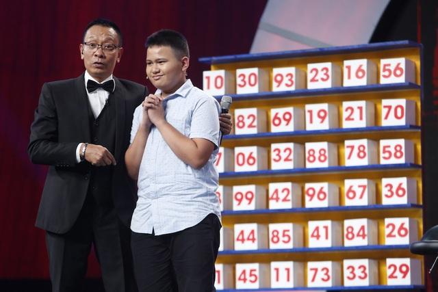 """Cậu bé 8 tuổi khiến MC Lại Văn Sâm """"choáng"""" khi tự định giá... 9 triệu bảng Anh - 4"""