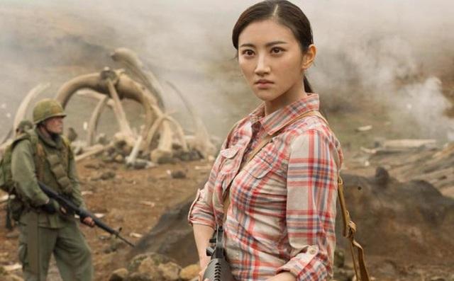 """Tiết lộ về nữ diễn viên châu Á xinh đẹp duy nhất trong phim """"Kong"""" - 2"""