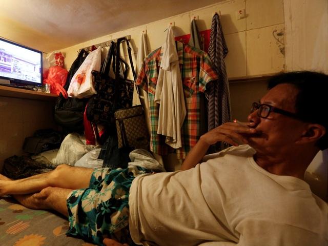 Có khoảng 200.000 người sinh sống trong những ngôi nhà như thế này ở Hồng Kông.