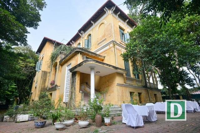 Cận cảnh biệt thự rộng 3.000 m2 của nhà tư sản Trịnh Văn Bô - 4
