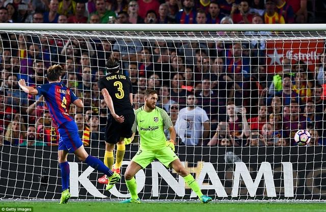 Barcelona và Atletico hòa nhau 1-1 ở La Liga trên sân Nou Camp năm nay