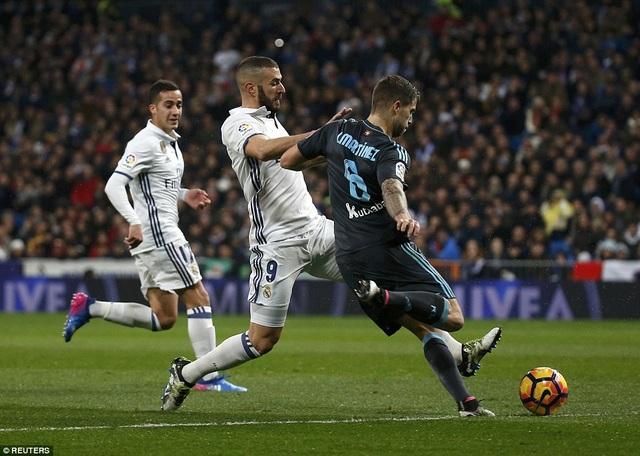 Real Madrid gặp khá nhiều khó khăn trước Sociedad ở đầu trận