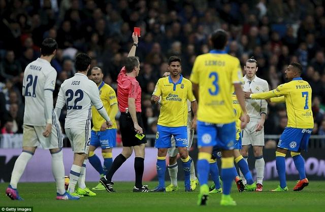Thẻ đỏ của Bale đã khiến Real Madrid gặp nhiều khó khăn ở đầu hiệp 2