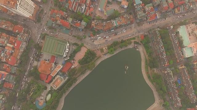 Toàn cảnh hồ Thành Công trước đề xuất cho lấp để xây nhà - 4