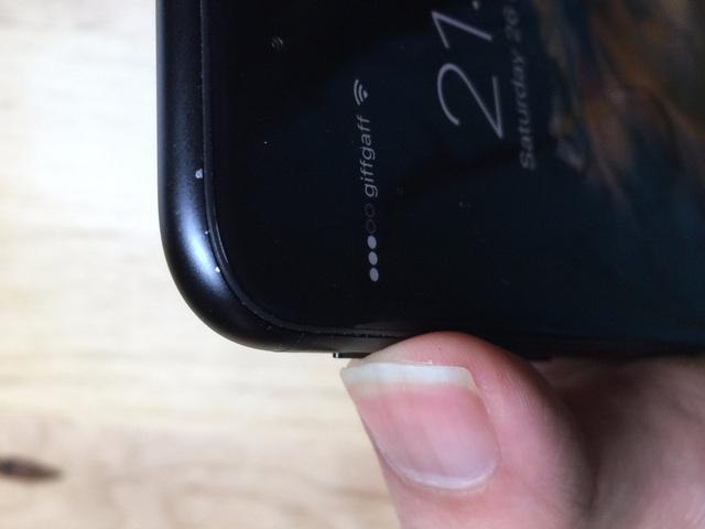 """Apple lặp lại """"vết xe đổ"""" trên iPhone 7 và 7 Plus - 4"""