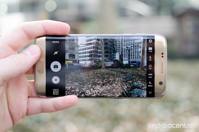 """Top 5 smartphone Android pin """"khủng"""" nhất trên thị trường hiện nay - 2"""