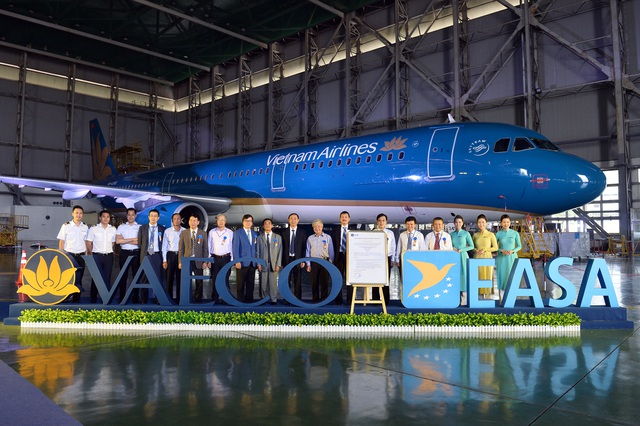 Kỹ thuật máy bay Việt Nam được nhận chứng chỉ bảo dưỡng của châu Âu - 2