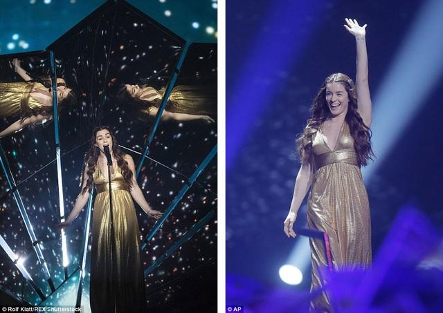 """Đại diện của Vương quốc Anh - nữ ca sĩ Lucie Jones - thể hiện ca khúc """"Never Give Up On You""""."""