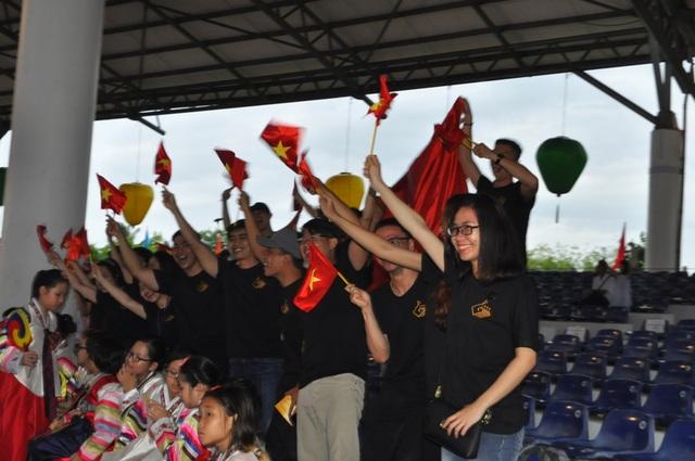 Đội Việt Nam ăn mừng chiến thắng tại các giải
