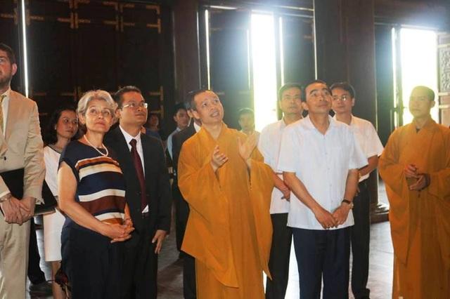 Tổng giám đốc UNESCO thăm quần thể danh thắng Tràng An - 8