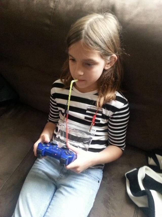 Phát minh của cô bé giúp chơi không ngừng mà vẫn đảm bảo sức khỏe cho cơ thể.