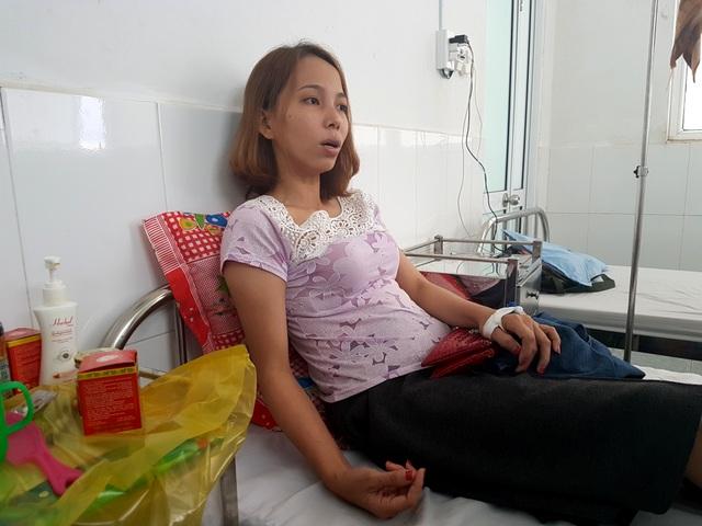 Cô Thủy nằm viện tại TP Tam Kỳ