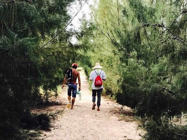 Kỷ niệm tình yêu, cặp đôi 9x xuyên Việt qua gần 20 tỉnh thành - 6