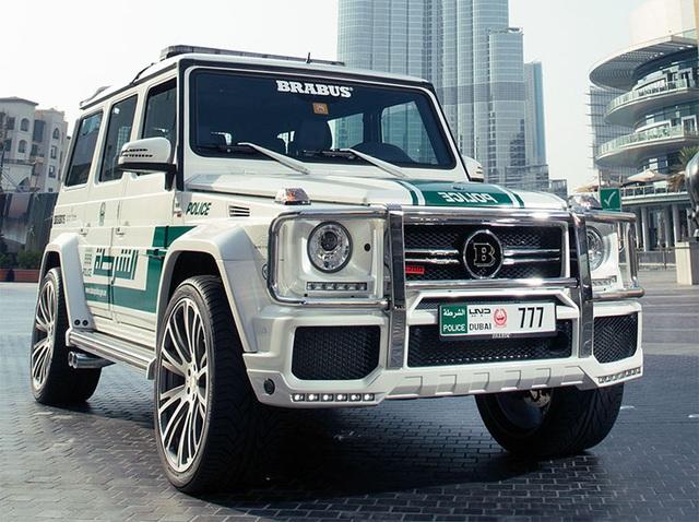 Chán siêu xe, cảnh sát Dubai chuyển sang môtô bay - 12