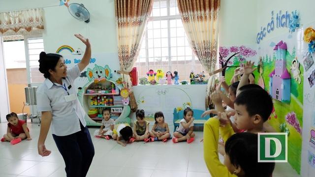 Làm hiệu phó chưa được 2 năm, cô Hải xin từ chức để về đứng lớp vì nhớ học trò, muốn được hằng ngày dạy dỗ, gần gũi các em học sinh mà cô coi như con của mình