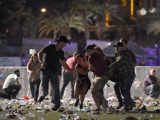 Xả súng đẫm máu tại đêm nhạc ở Las Vegas
