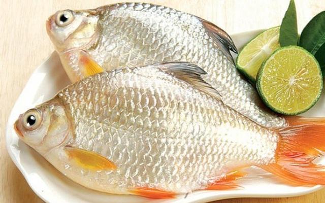 5 cách hiệu quả khử mùi tanh của cá bà nội trợ nào cũng nên biết - 1