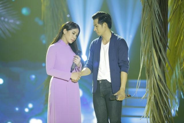 Trong phần thi kết hợp, diễn viên - người mẫu Thanh Thức bắt cặp cùng với diễn viên đàn chị Lý Hương. Cả hai chọn 2 ca khúc nói về những đôi vợ chồng nghèo, khó khăn.